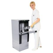 ken-hygiene-systems-bwd-731-with-nurse